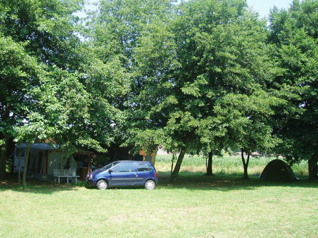 Camping Chez Cazou Caravane