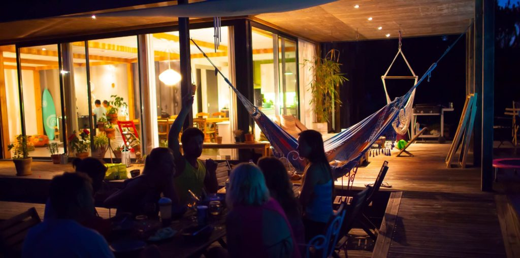 villa-moutic-messanges-soiree-terrasse